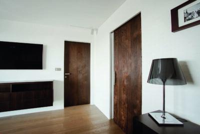 BELPORT Schrank Holz